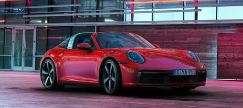 Porsche Introduces New 911 Targa