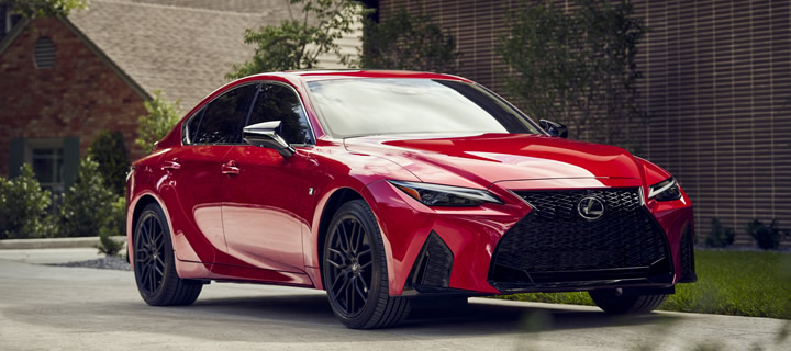 Lexus Starts Delivery of New Generation IS in October